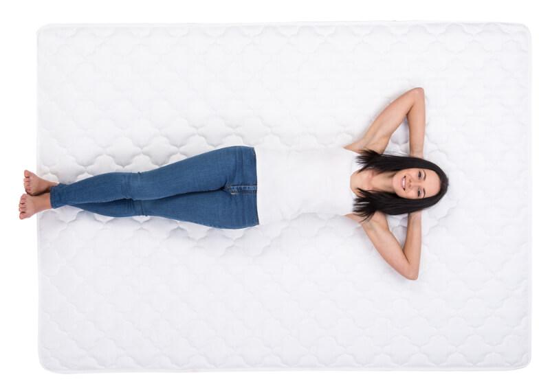 Welchen Härtegrad bei Matratzen bei Schmerzen im Rücken