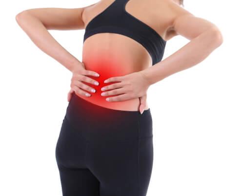 nerv eingeklemmt - Rückenschmerzen im Rückenbereich