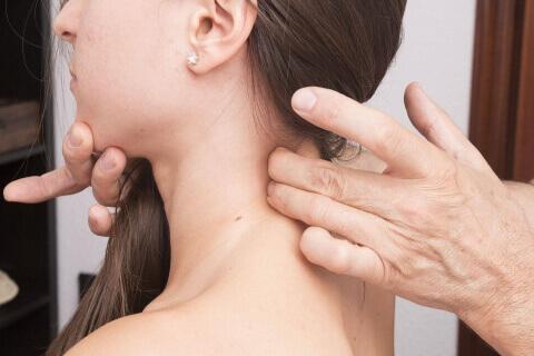 Rückenschmerzen vom Schmerztherapeuten - Behandlung