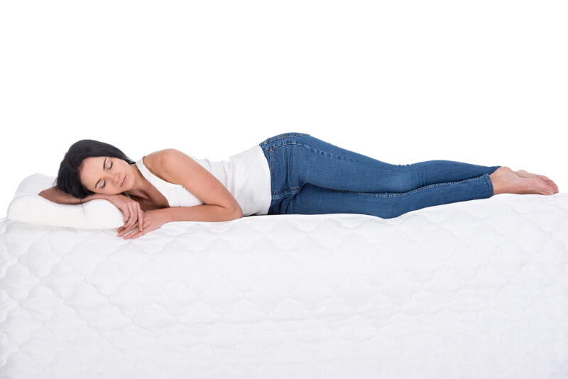 Welche Matratze als Seitenschläfer bei Schmerzen im Rücken