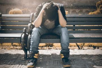 Plötzliche Schmerzen im Rücken: Ist vielleicht ein Nerv eingeklemmt?