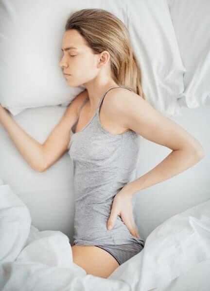 im Liegen untere Rückenschmerzen
